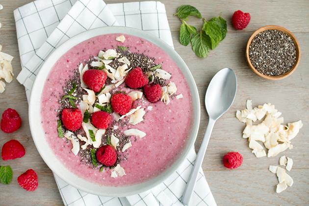Coconut-Raspberry Smoothie Bowl