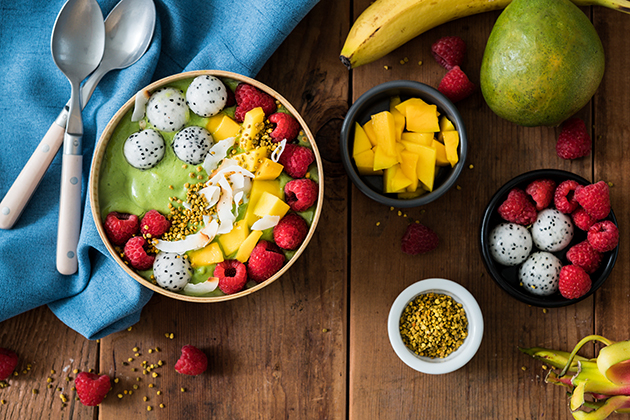 Green Organic Smoothie Bowl