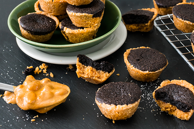 Peanut Butter Crownie Cups
