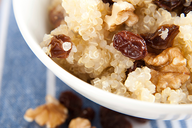 Cranberry Walnut Breakfast Quinoa