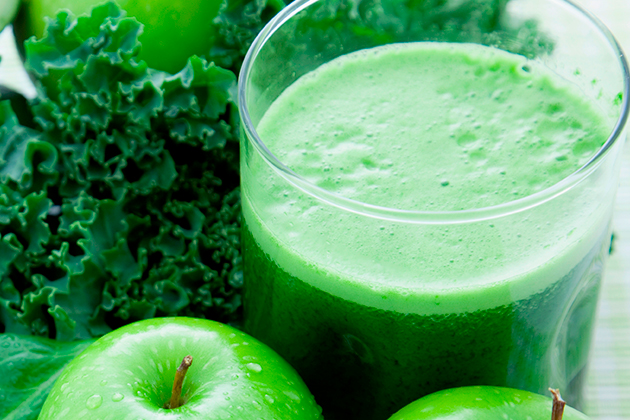 Raw Green Goddess Smoothie