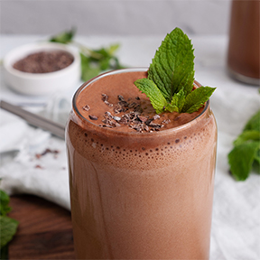 Keto Mint Chocolate Chip Protein Shake